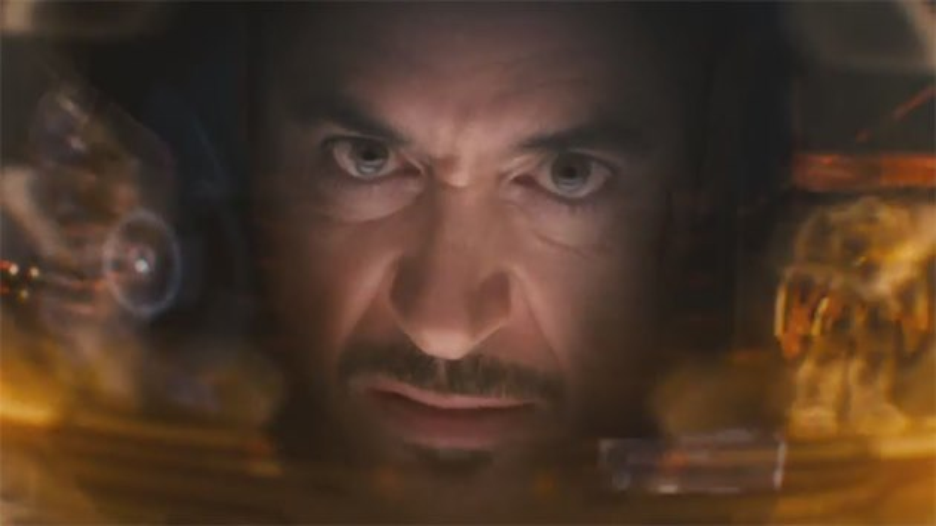 Avengers-Age-of-Ultron-Robert-Downey-Jr-Iron-Man