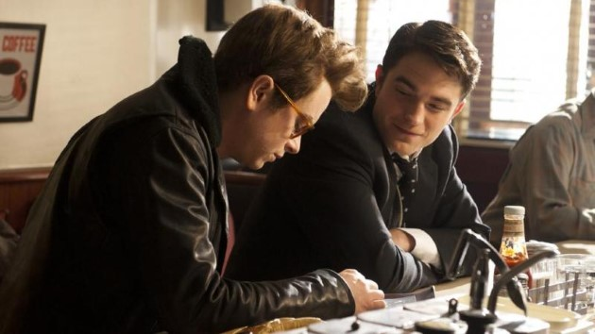 Robert-Pattinson-Life