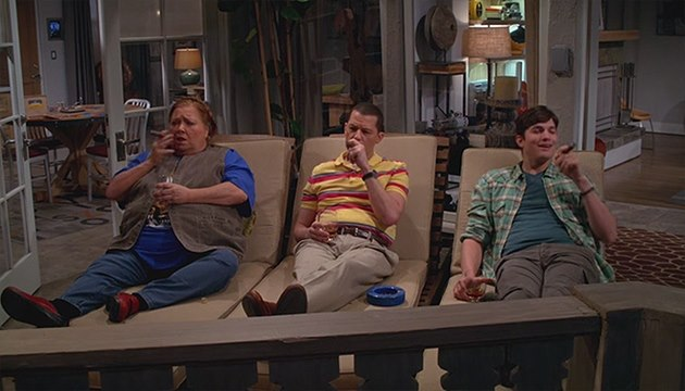 Two-and-a-Half-Men-Finale-Berta-Alan-Walden