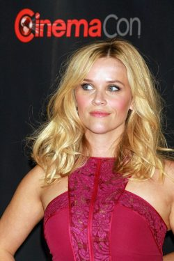 Reese-Witherspoon-Cinema-Con-2015-250x375