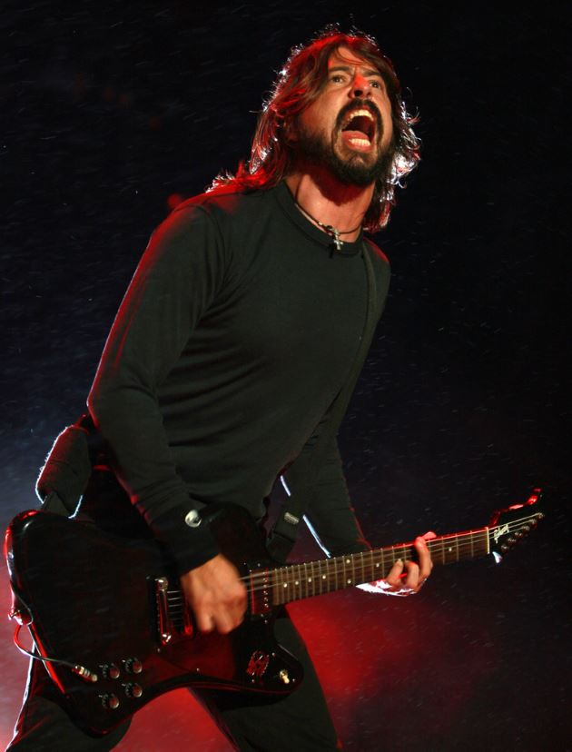 Dve-Grohl-Foo-Fighters-live