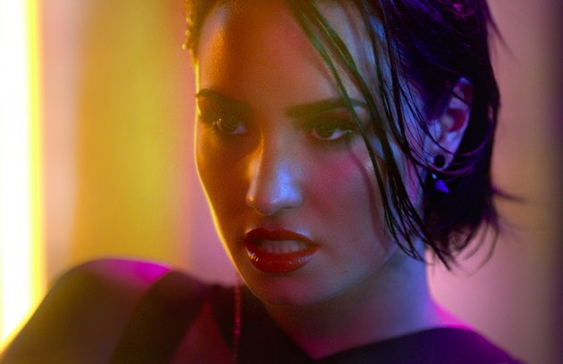 Demi-Lovato-Cool-for-the-Summer-Musikvideo