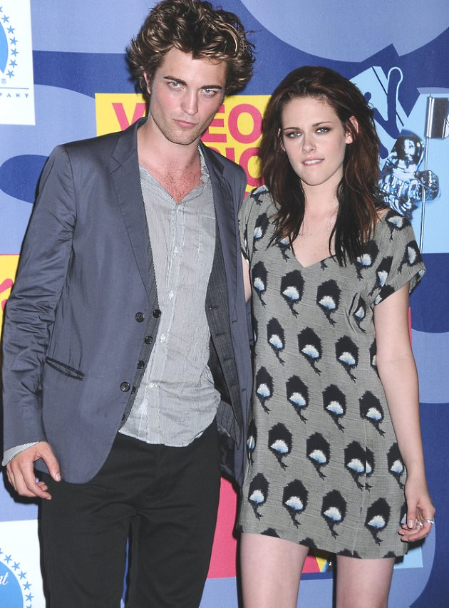 Robert-Pattinson-Kristen-Stewart-MTV-VMAs-2008