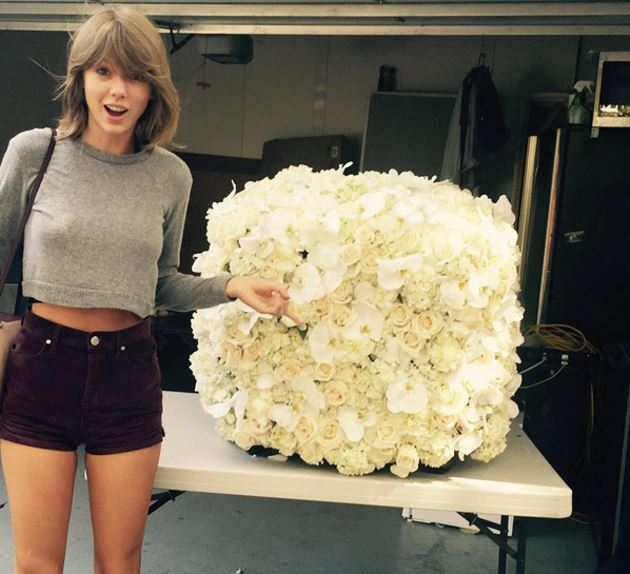 Taylor-Swift-Blumen-Kanye-West