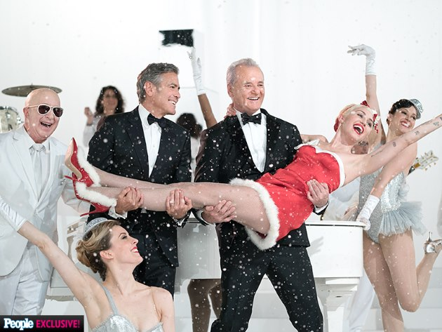 Miley-Cyrus-George-Clooney-a-very-Murray-Christmas