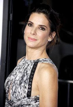 Sandra-Bullock-Our-Brand-is-Crisis-Premiere-3-250x367