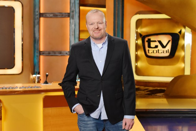 stefan raab erh lt ehrenpreis beim deutschen comedypreis promicabana. Black Bedroom Furniture Sets. Home Design Ideas