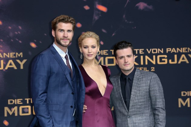 Liam-Hemsworth-Jennifer-Lawrence-Josh-Hutcherson-Mockingjay-2-Weltpremiere