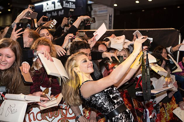 Natalie-Dormer-Mockingjay-2-UK-Premiere-3