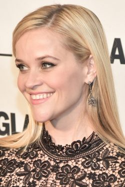 Reese-Witherspoon-Glamour-Women-of-the-Year-Awards-2015-1-250x375