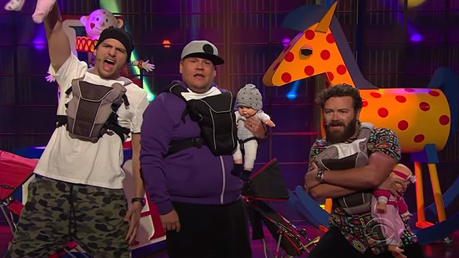 Ashton-Kutcher-Danny-Masterson-Daddy-Rap