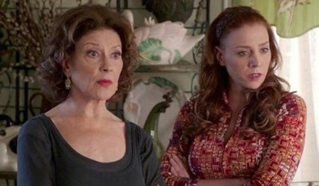 New-in-Paradise-Stacey-Oristano-Kelly-Bishop