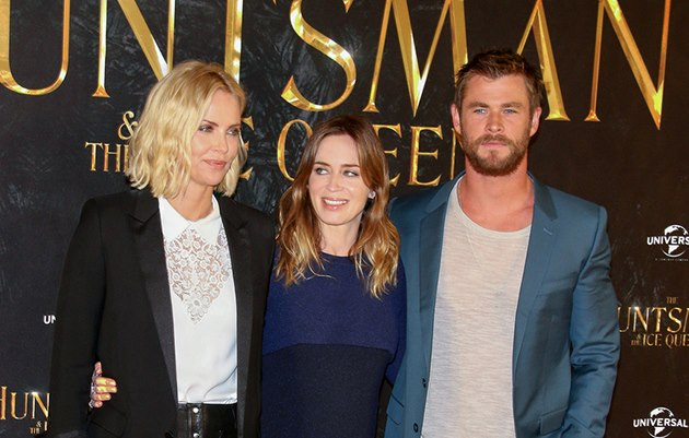 The-Huntsman-Ice-Queen-Photocall-Hamburg-Charlize-Theron-Emily-Blunt-Chris-Hemsworth-4