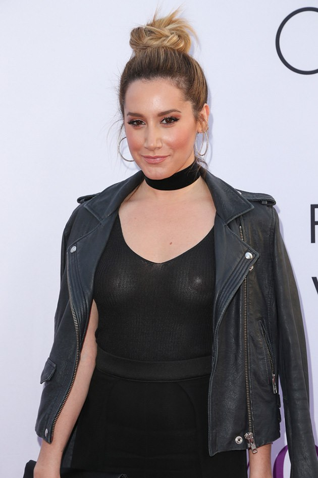 Ashley-Tisdale-Sexy-Mothers-Day-Premiere-3