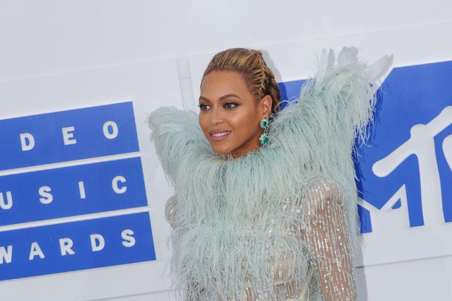 Beyonce-MTV-Video-Music-Awards