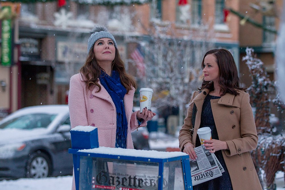Gilmore-Girls-Winter-Lauren-Graham-Alexis-Bledel