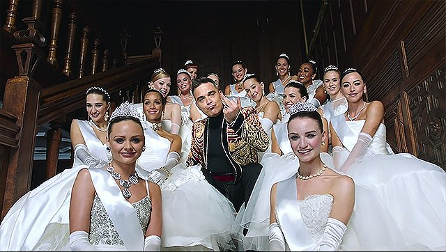 Robbie-Williams-Party-Like-A-Russian-Musikvideo-2