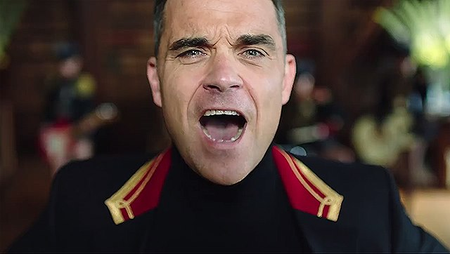 Robbie-Williams-Party-Like-A-Russian-Musikvideo-3