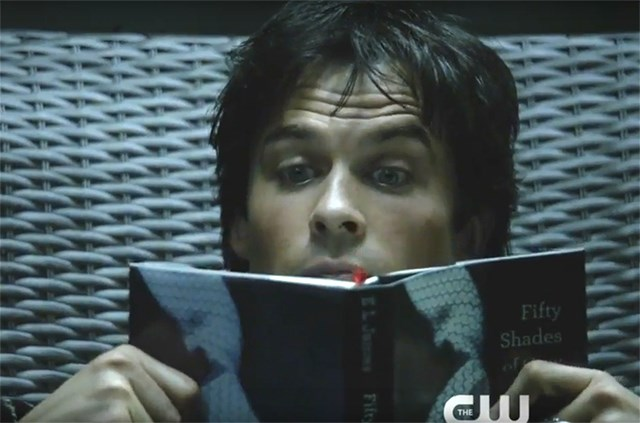 The Vampire Diaries Staffel 8 Trailer Damon Liest Fifty Shades