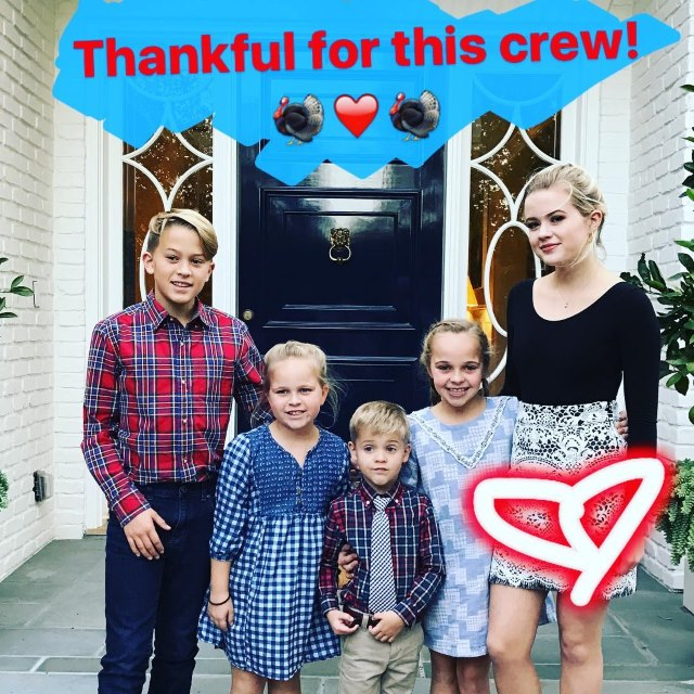 Reese-Witherspoon-Thanksgiving-Ava-Deacon