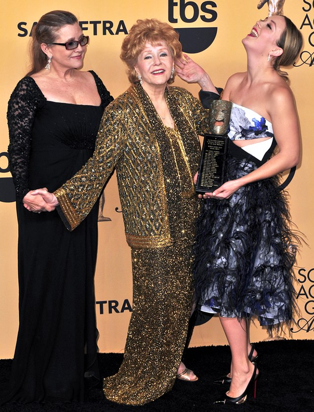 Carrie-Fisher-Debbie-Reynolds-Billie-Lourd