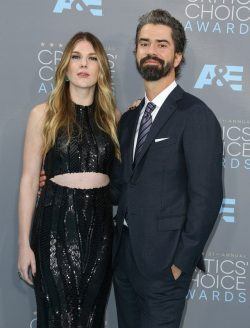 Lily-Rabe-Hamish-Linklater-250x328