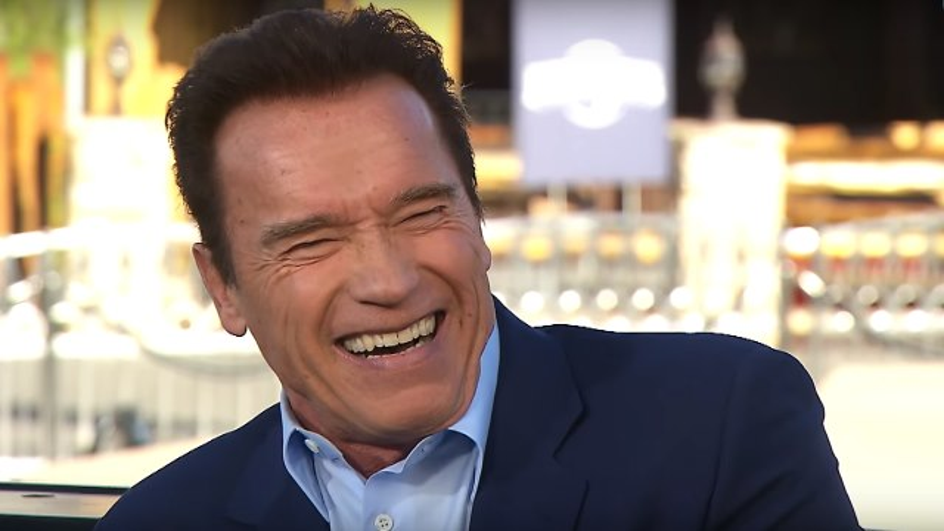 Arnold-Schwarzenegger-Extra-Interview