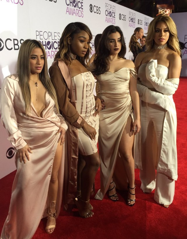 Fifth-Harmony-Peoples-Choice-Awards-2017-3
