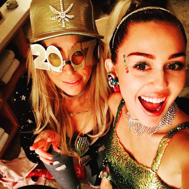 Miley-Cyrus-Silvester-2016