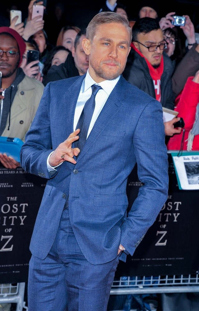 Charlie-Hunnam-Lost-City-of-Z-UK-Premiere-2