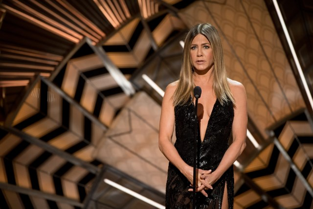 Jennifer-Aniston-Oscars-2017