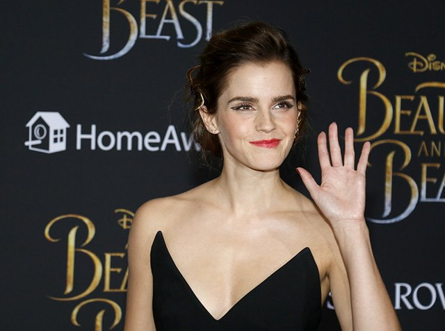 Beauty-and-the-Beast-Premiere-Los-Angeles-Emma-Watson-1