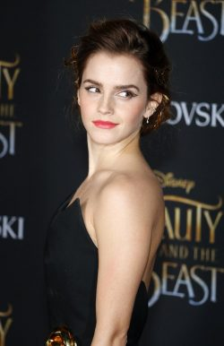 Beauty-and-the-Beast-Premiere-Los-Angeles-Emma-Watson-4-250x386
