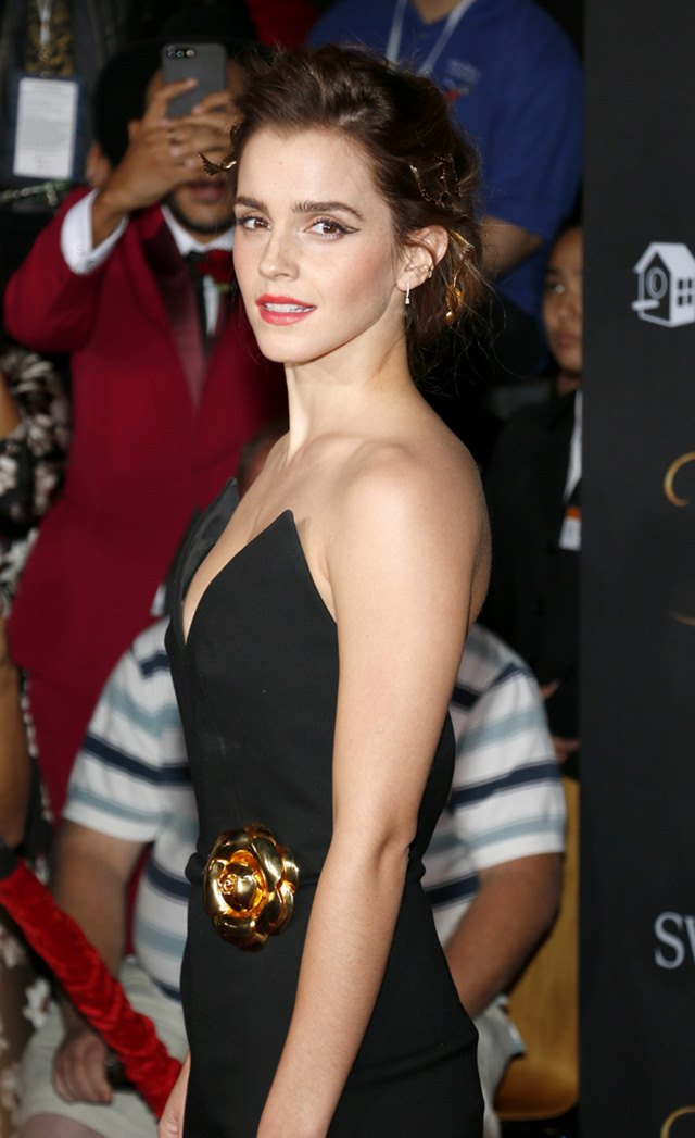 Beauty-and-the-Beast-Premiere-Los-Angeles-Emma-Watson-5