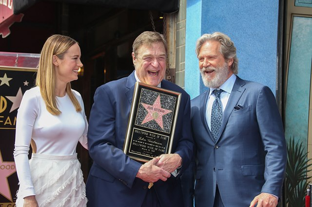 John-Goodman-Stern-Walk-of-Fame-Brie-Larson-Jeff-Bridges