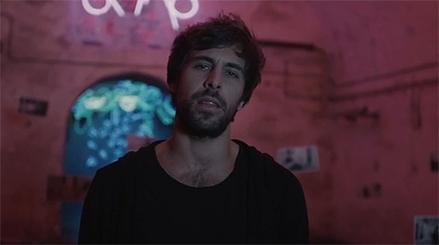 Max Giesinger Zeigt Roulette Musikvideo Promicabana
