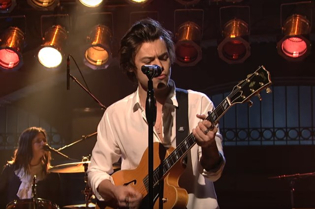 Harry-Styles-Ever-Since-New-York-live