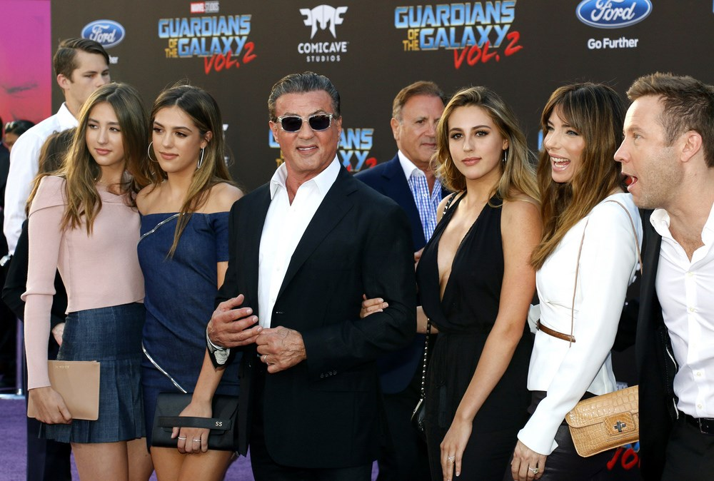 Sylvester-Stallone-Toechter-Guardians-of-the-Galaxy-2-Premiere-2