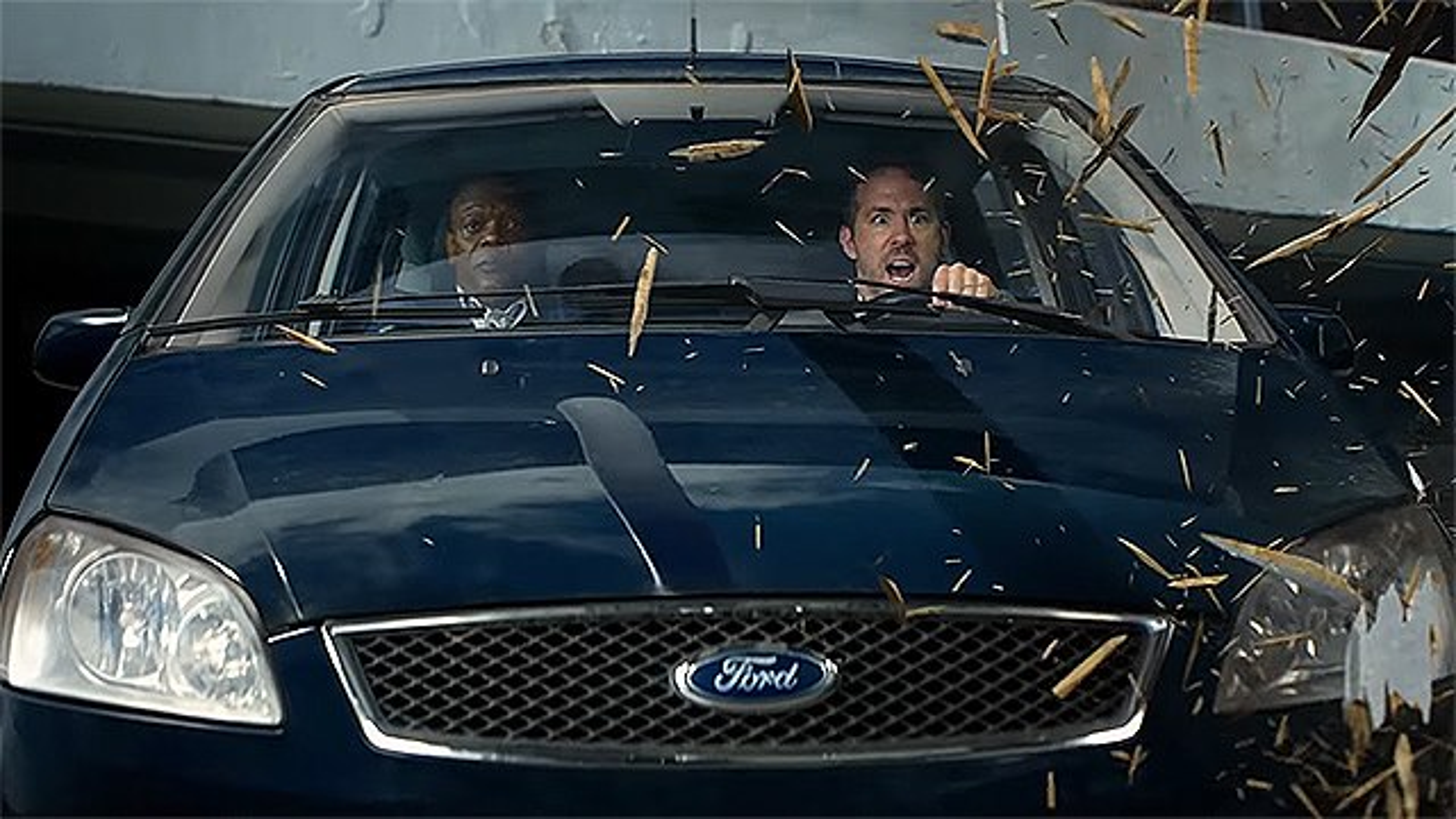 The-Hitmans-Bodyguard-Ryan-Reynolds-Samuel-L-Jackson