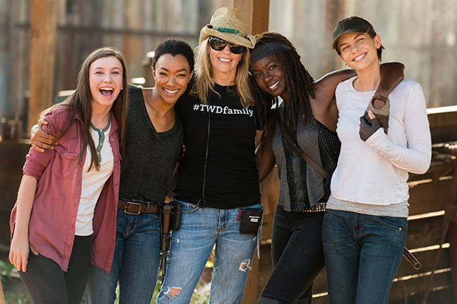 The-Walking-Dead-Finale-Cast-2