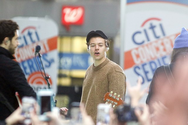 Harry-Styles-Today-Show-New-York-2