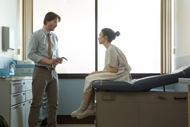 Lily-Collins-Keanu-Reeves-To-The-Bone-Netflix