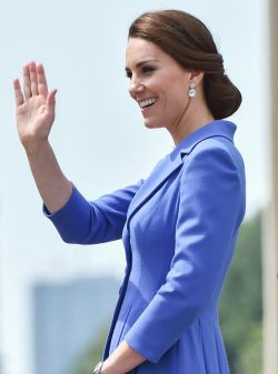 Kate-Middleton-Berlin-1-250x337