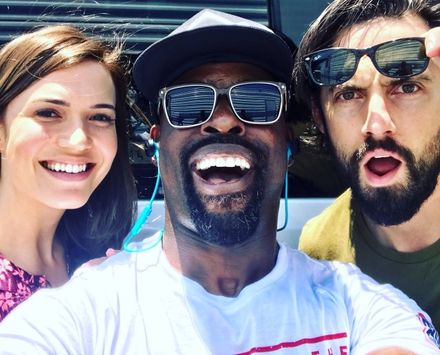 Mandy-Moore-Sterling-Brown-Milo-Ventimiglia-This-Is-Us-Set