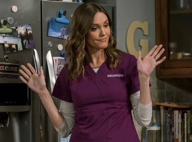 Kevin-Can-Wait-Erinn-Hayes-Donna