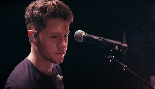 Niall-Horan-On-The-Record-Flicker