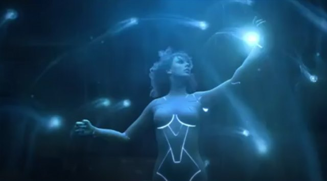 Taylor-Swift-Ready-For-It-Teaser-Nackt-Cyborg