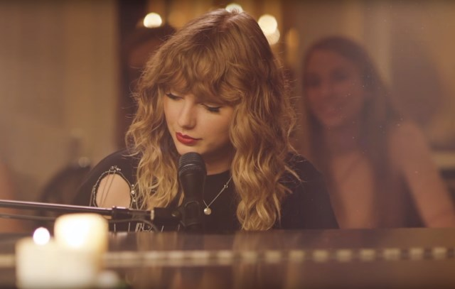 Taylor-Swift-New-Years-Day