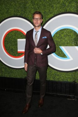 GQ-Men-of-the-Year-Party-Los-Angeles-Justin-Hartley-250x375