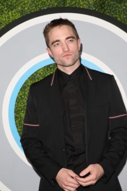 GQ-Men-of-the-Year-Party-Los-Angeles-Robert-Pattinson-3-250x375